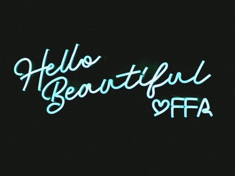 Hello Beautiful sign with heart